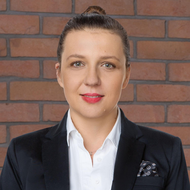 dr Karolina Sztobryn